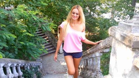 Katy Nikolaev 32 y.o. - intelligent lady - small public photo.