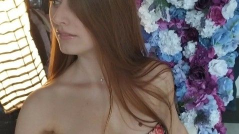 Juliana Zaporozhye 27 y.o. - intelligent lady - small public photo.
