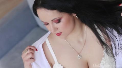 Helen Zaporozhye 32 y.o. - intelligent lady - small public photo.