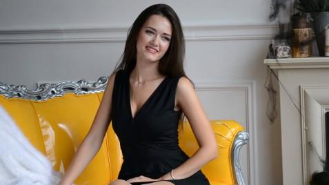 Nataly Lutsk 26 y.o. - intelligent lady - small public photo.