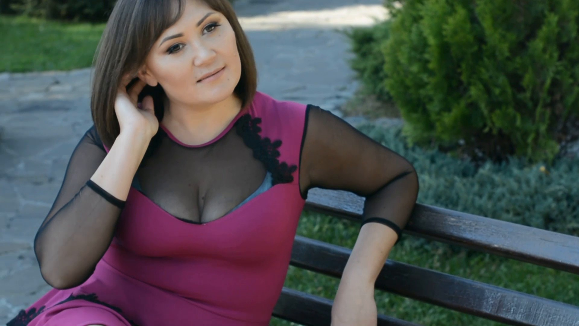 Lina Kremenchug 37 y.o. - intelligent lady - small public photo.