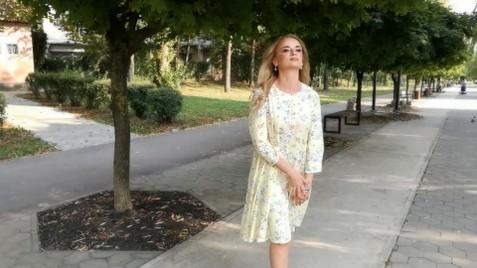 Tetiana Ivano-Frankovsk 42 y.o. - intelligent lady - small public photo.