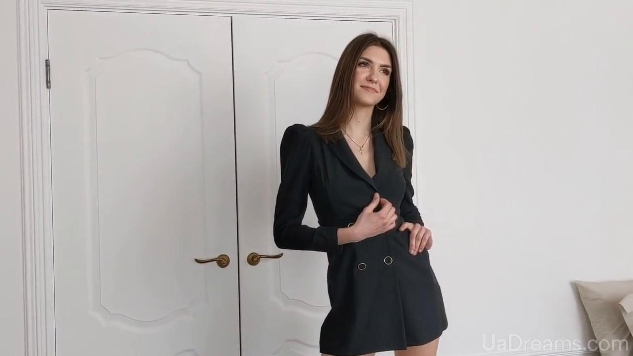 Tanusha Poltava 23 y.o. - intelligent lady - small public photo.