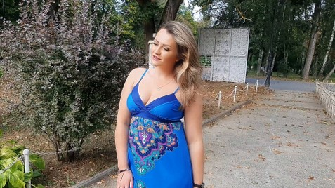 Tetiana Ivano-Frankovsk 32 y.o. - intelligent lady - small public photo.