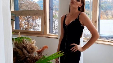 Sofi Lviv 18 y.o. - intelligent lady - small public photo.