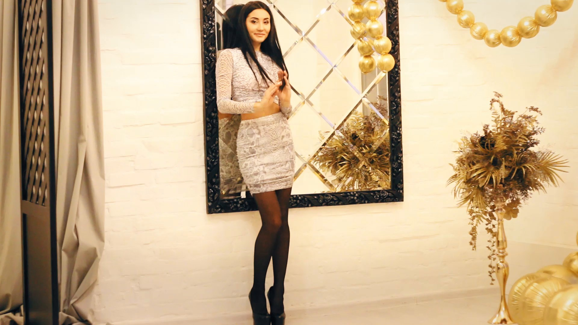 Alina Zaporozhye 24 y.o. - intelligent lady - small public photo.