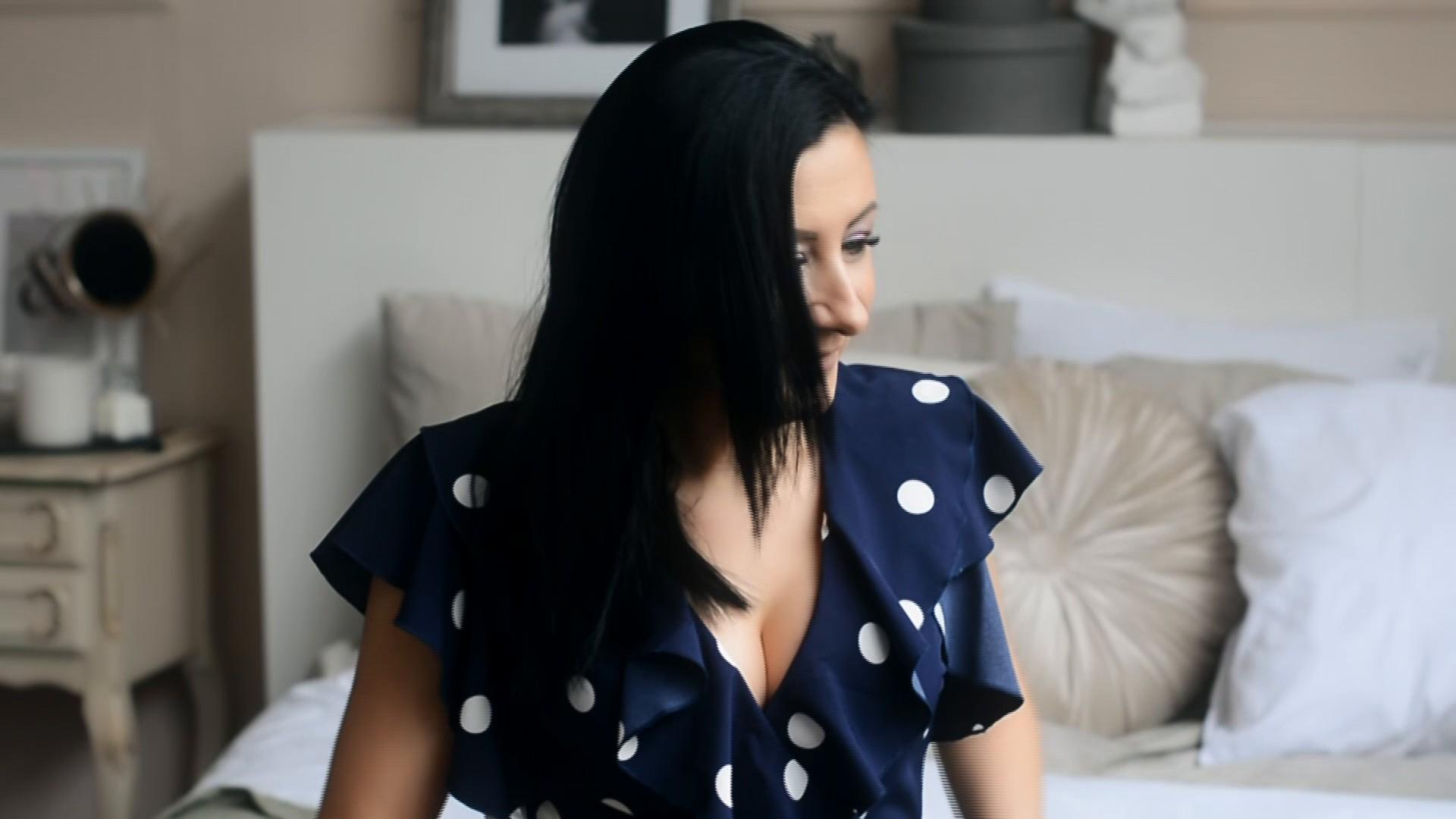 Elena Dnipro 40 y.o. - intelligent lady - small public photo.