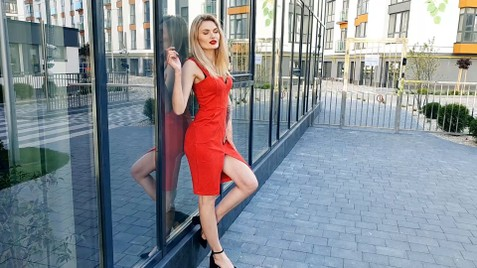 Roksolana Ivano-Frankovsk 21 y.o. - intelligent lady - small public photo.