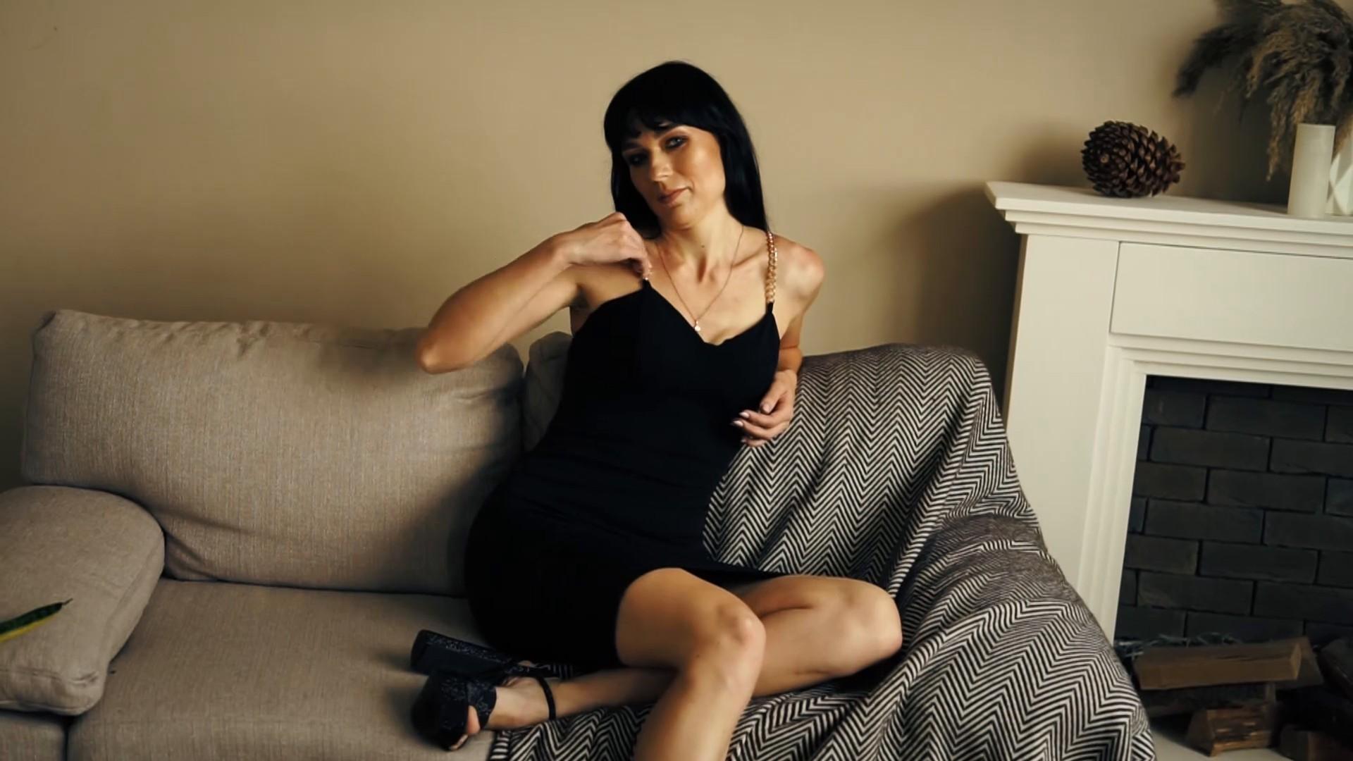 Elena Sumy 30 y.o. - intelligent lady - small public photo.