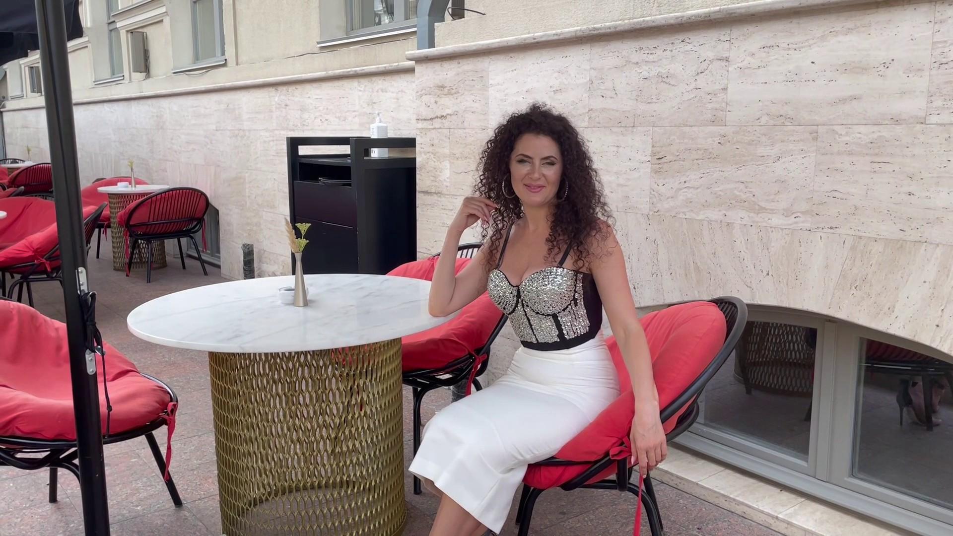 Tanechka Odessa 36 y.o. - intelligent lady - small public photo.